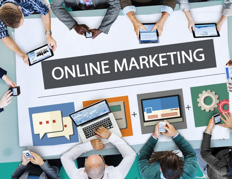Why I Lie About Working in Online Marketing.